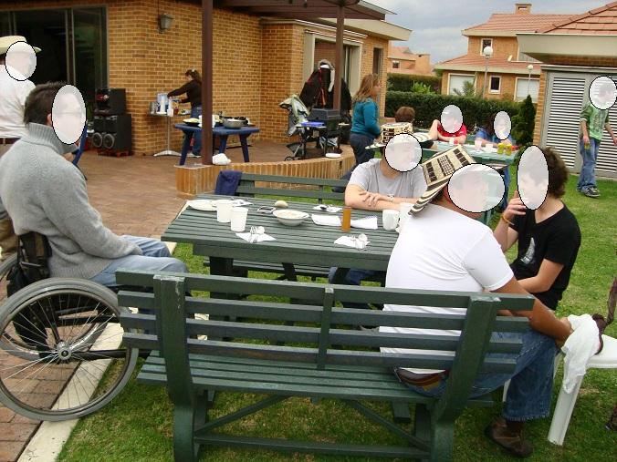 juego de mesas banca con parasol sombrillas casas urbanas campestres viviendas chalets kioscos casetas mesas