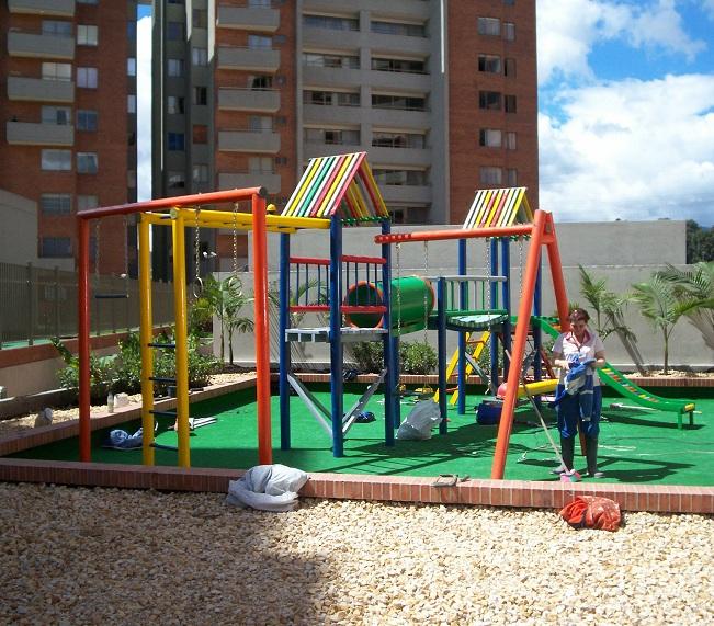 Juegos De Jardin Para Nios De Plastico. Stunning Centro Juegos ...